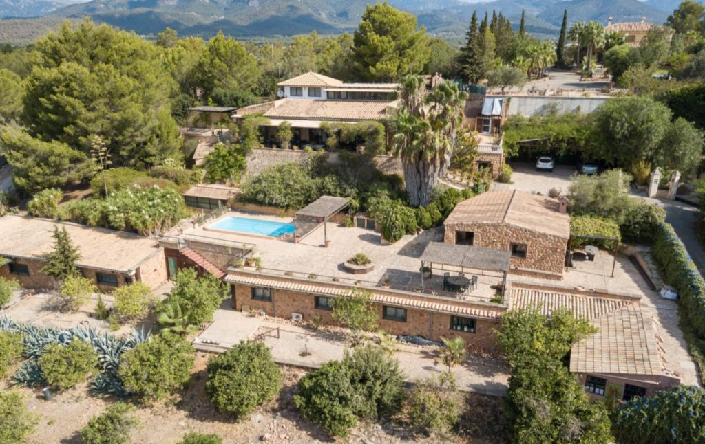 Finca for sale Santa Maria Mallorca