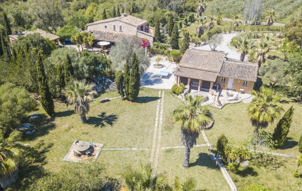 Experts in holiday rental homes and villas in Puerto de Pollensa, Majorca's north coast