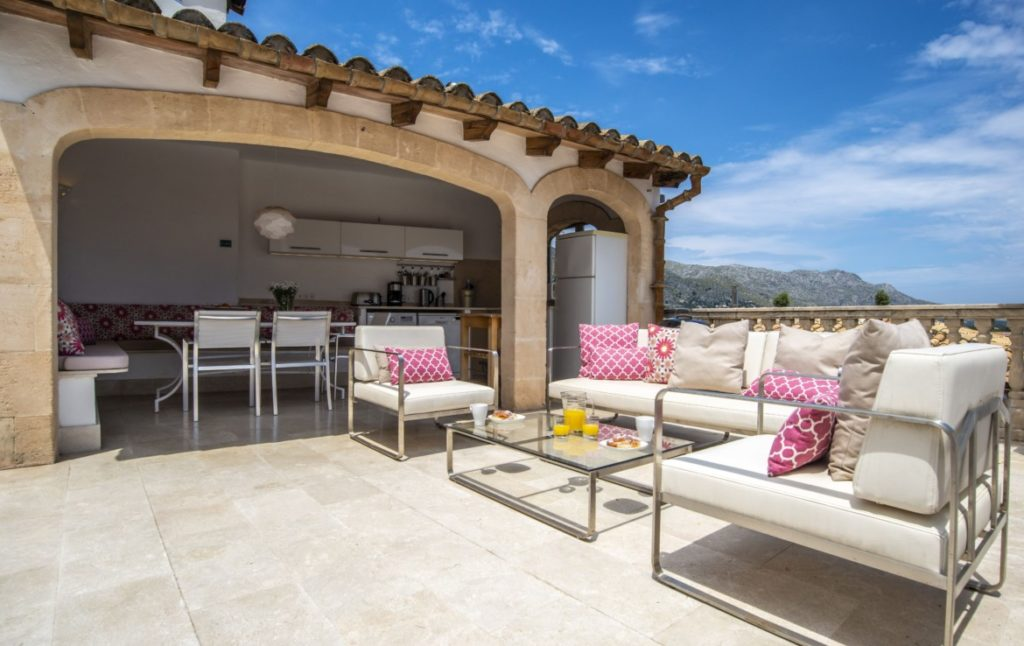 Gorgeous Town House in Pollensa for sale