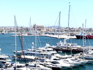 Rent Apartment in Palma de Majorca - port - views to the Cathedral