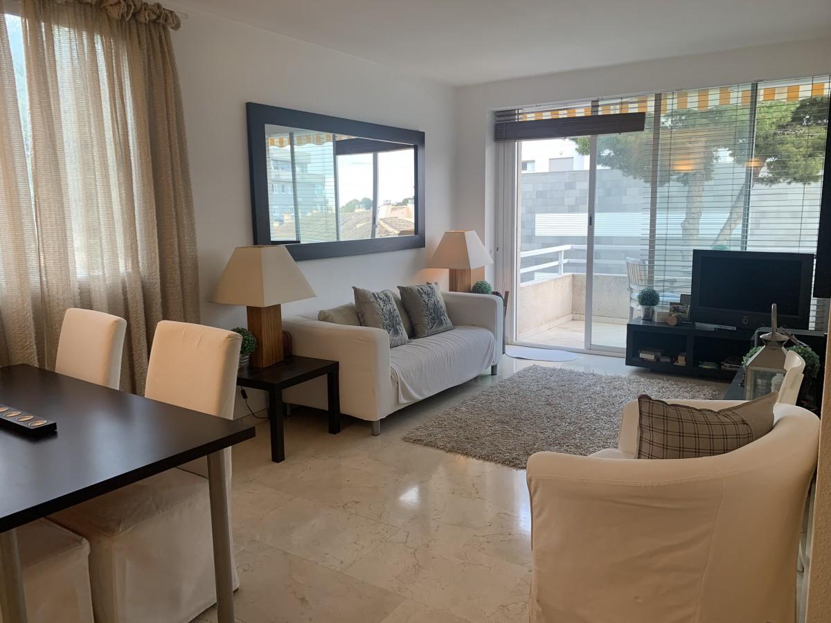 Portals Nous Majorca – Spacious bright apartment with pool