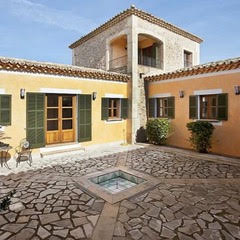 Equestrian property for sale in Mallorca: Stunning country house with stables and riding corral Felanitx Manacor.