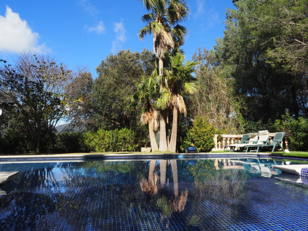 Esporles: beautiful property with holiday rental license and independent apartment
