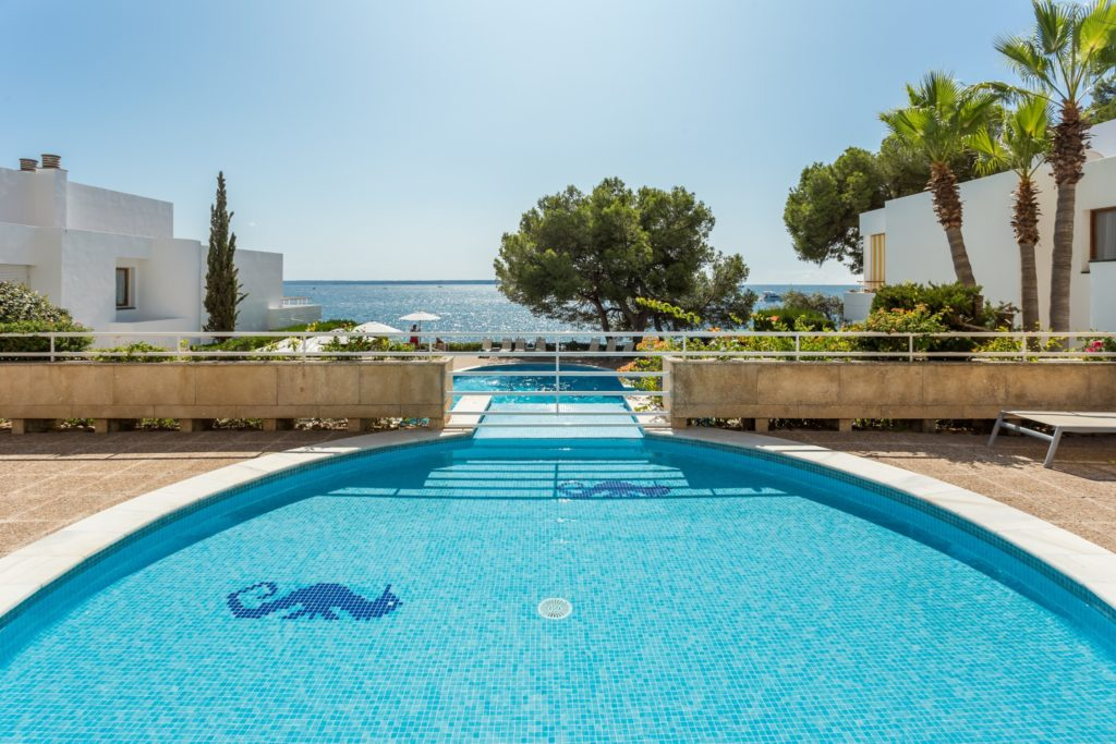 Illetas Majorca frontline apartment for sale