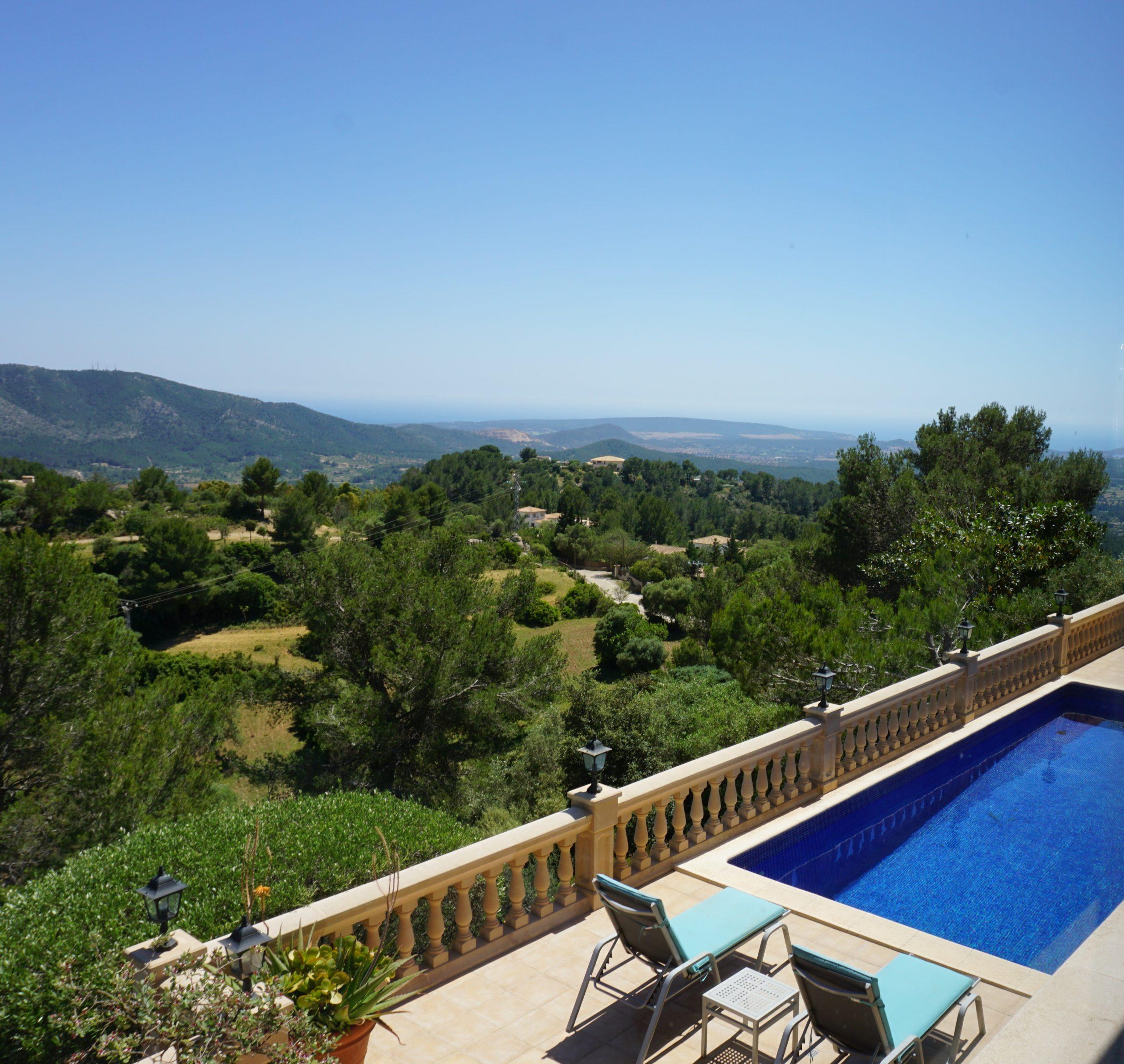 Villa in Calvia with impressive panoramic views