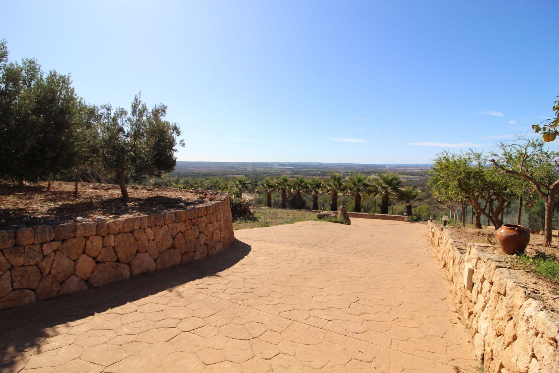 Puntiro Mallorca - quality villa in exclusive urbanization area with amazing panoramic views