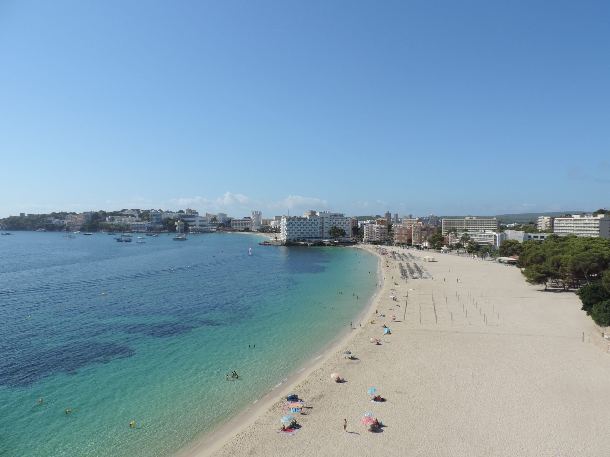 Rent: Palmanova Frontline Beach apartment with stunning views