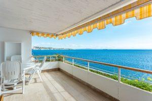 Illetas: Frontline Duplex apartment, direct access to the sea