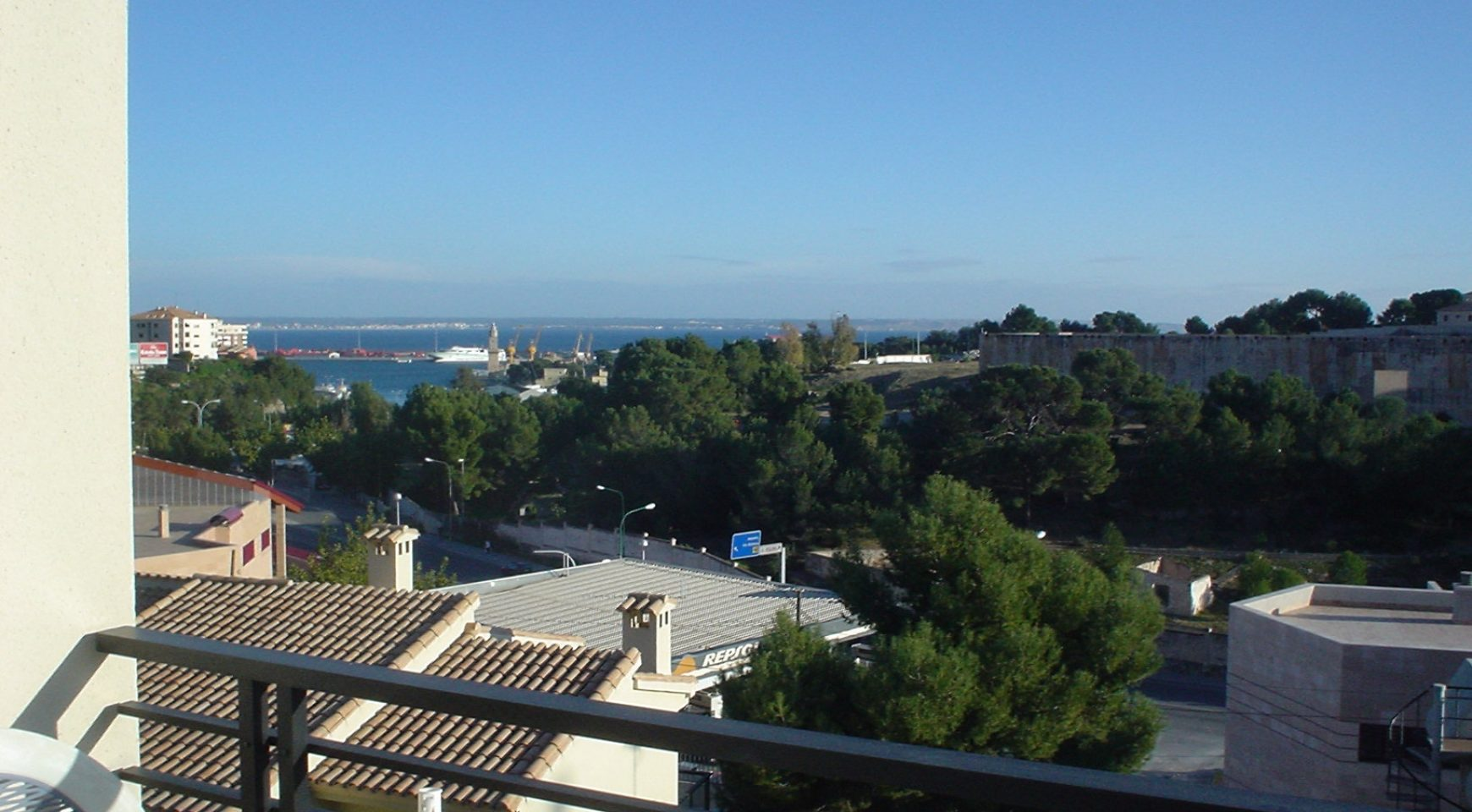 RENT: Cala Major - above Marivent 3 bedrooms apartment, community pool