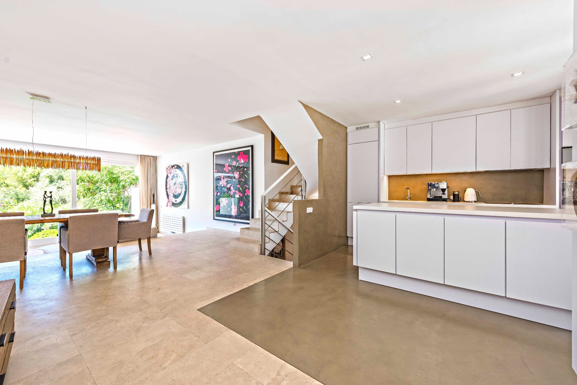 Bonanova: Modern semidetached townhouse with sea views. 4 bedrooms, 3 bathrooms, garage, communal pool, terraces. €795,000