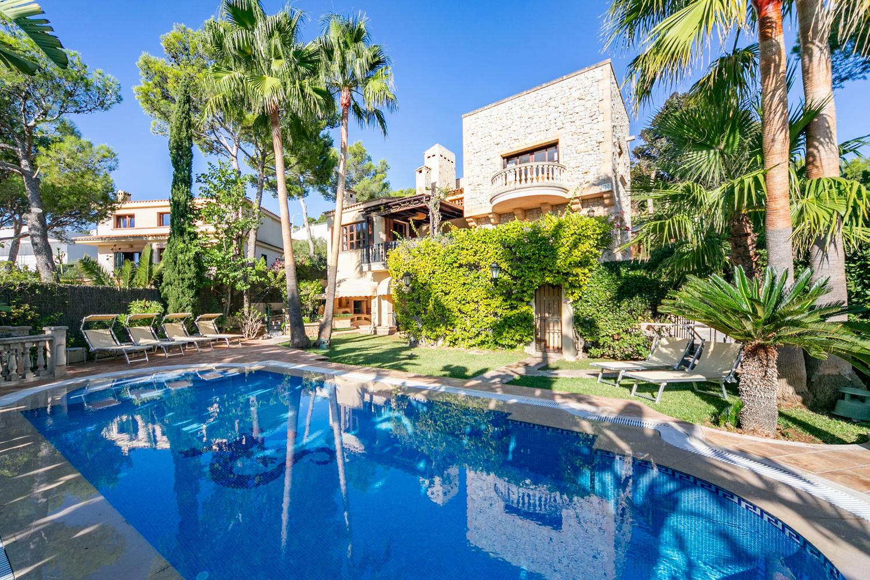 Cas Catalá: Rustic style Luxury villa