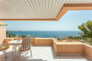 Illetes: 2 beds 2 bath, panoramic sea views, parking, pool