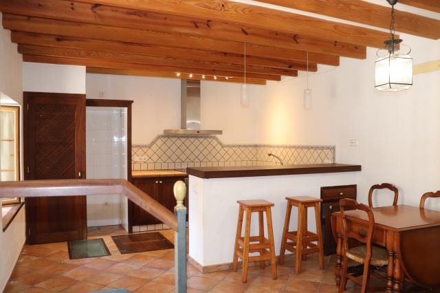 Soller: renovated townhouse for sale