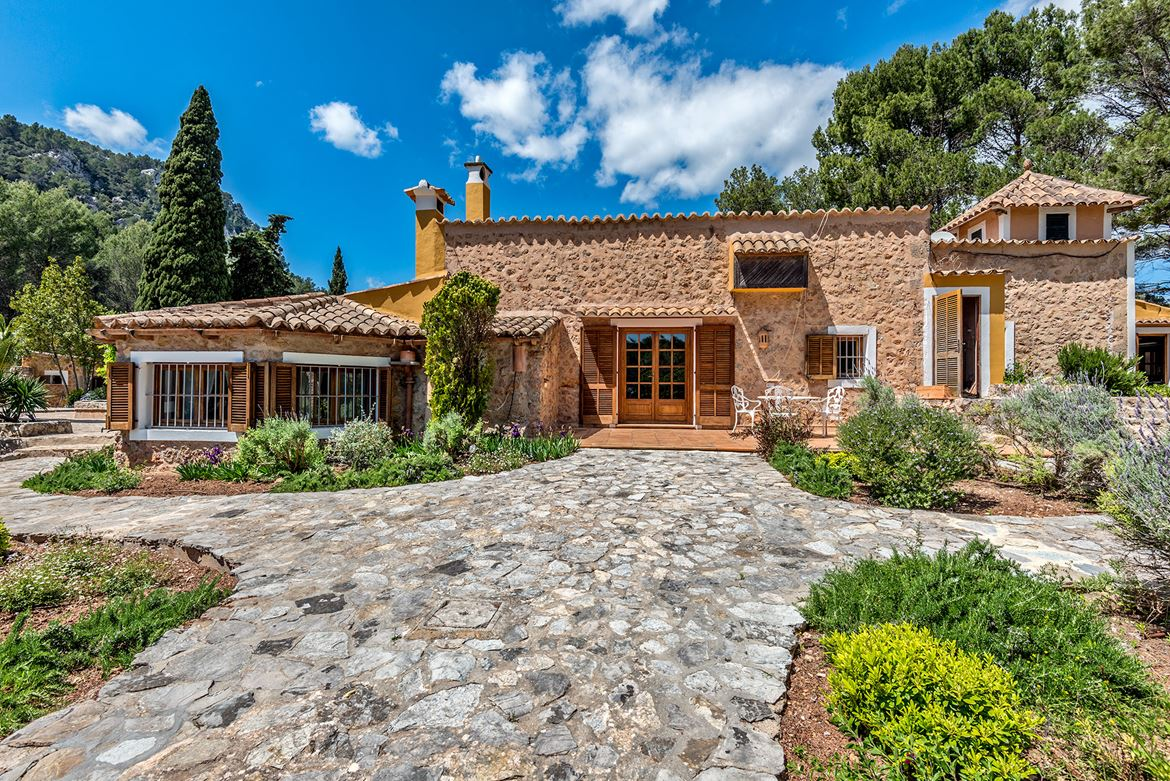 Traditional Mallorquin property
