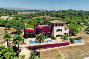 Amaizing finca with private location and outstanding vews. Superb quality!