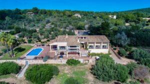 Puntiro: Beautiful villa with panoramic vews, holiday licence