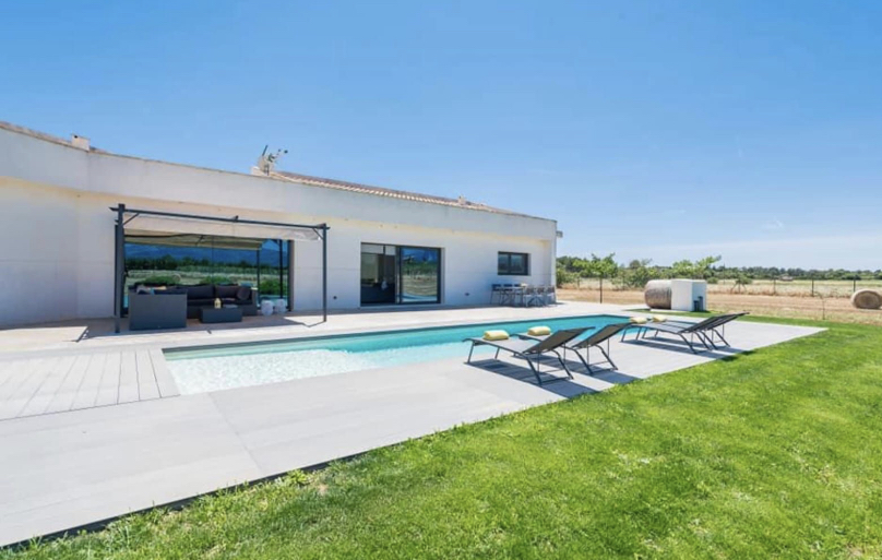 Sencelles: Modern Finca on a big plot with pool
