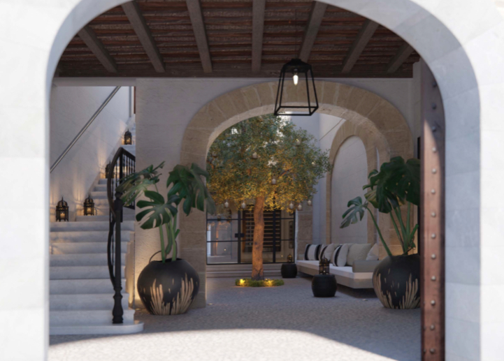 Completely Reformed Luxury Palatial townhouse in Palma with 2 guest apartments, pool, parking and lift