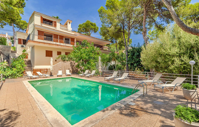 Bendinat: 6 bedrooms villa with sea view, pool