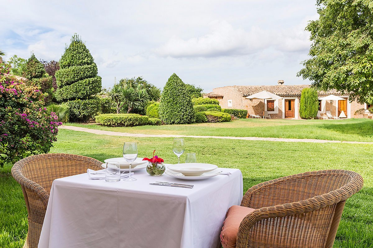 Exclusive Luxury Rural Hotel with Restaurant, Boutique hotel for sale